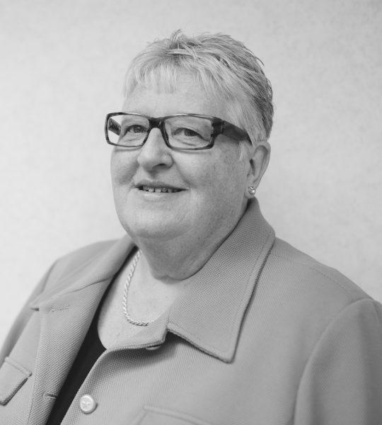 Linda Jones, Consultant