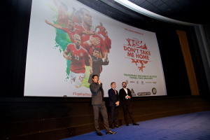 Chris Coleman introduces the film. © FAW